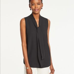 Ann Taylor bow neck shell black medium